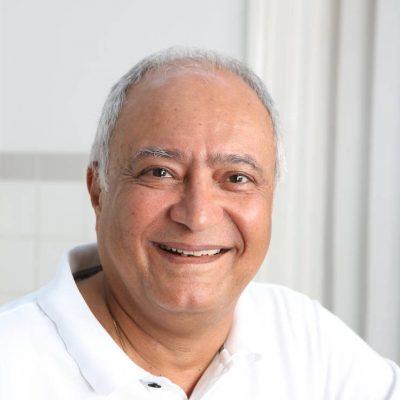 Porträt-Dr.-Yasdan-Honarwasch